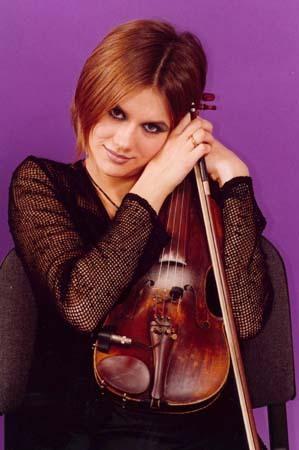Нефедова Мария Владимировна. Скрипачка. Родилась первого сентября 1979 года в городе Ленинград.