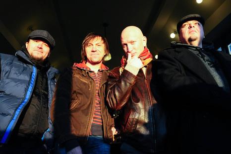 Фёдоров Евгений Владимирович – вокалист, аранжировщик, композитор, бас-гитарист, лидер группы «Tequilajazzz»