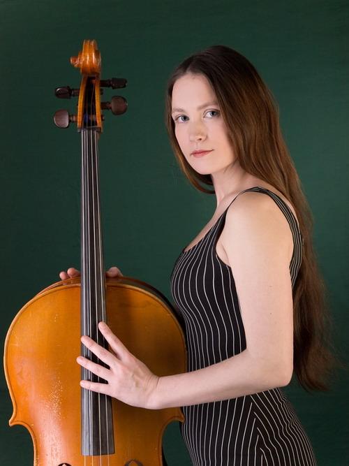 Лена Тэ – одно из самих ярких явлений в русской рок-музыке.