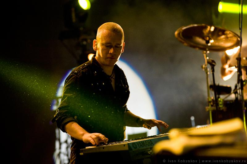 10 августав Зеленом театре  состоялся концерт панк- группы «Король и Шут».
