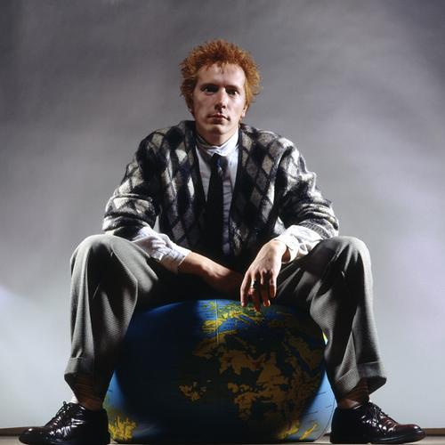 Основатель группы Джон Лайдон (Роттен) экс-вокалист культовой панк-группы Sex Pistols. Public Image Ltd по праву считаются основателями постпанка.