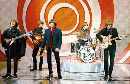 В 1965 году в коллектив пришли: Крис Хиллмэн - мандолина и Майкл Кларк – ударник.