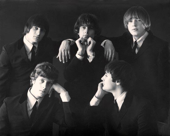Первоначальный состав состоял из начинающих музыкантов Роджера Макгинни, Дэвида Кросби и Джина Кларка.