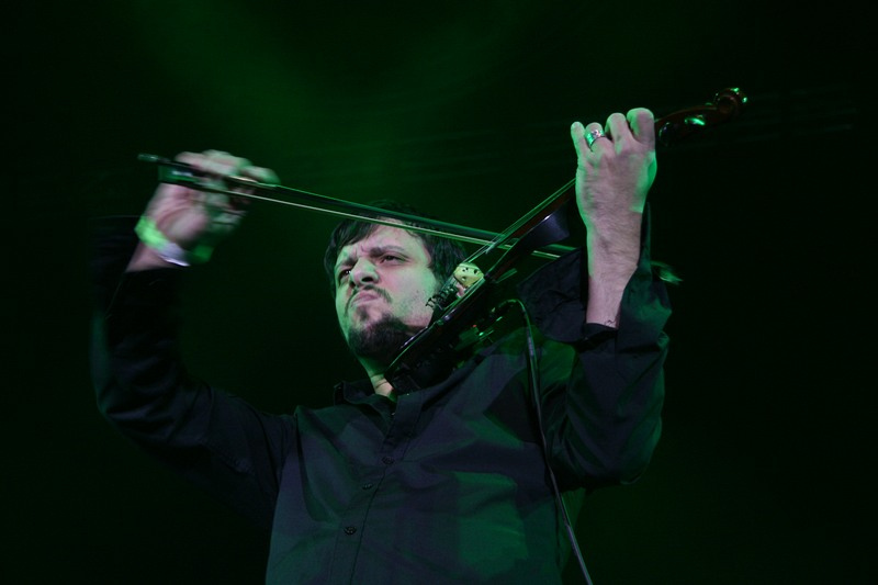 исполнение композиции «Саша» в обработке группы КняzZ, которую исполнил Андрей Князев