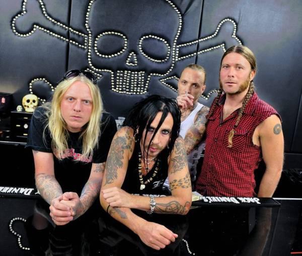 Backyard Babies- панк-группа из Швеции