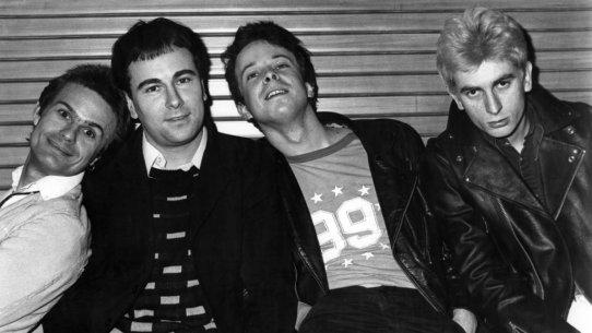 панк-группа 999