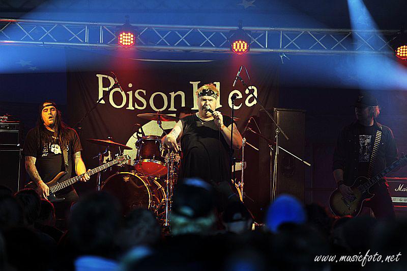 Но в 1996 году после скитаний по проектам Джерри Ланг и Крис Тенс решили возродить Poisone Idea
